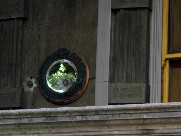 Iolani Palace mirror